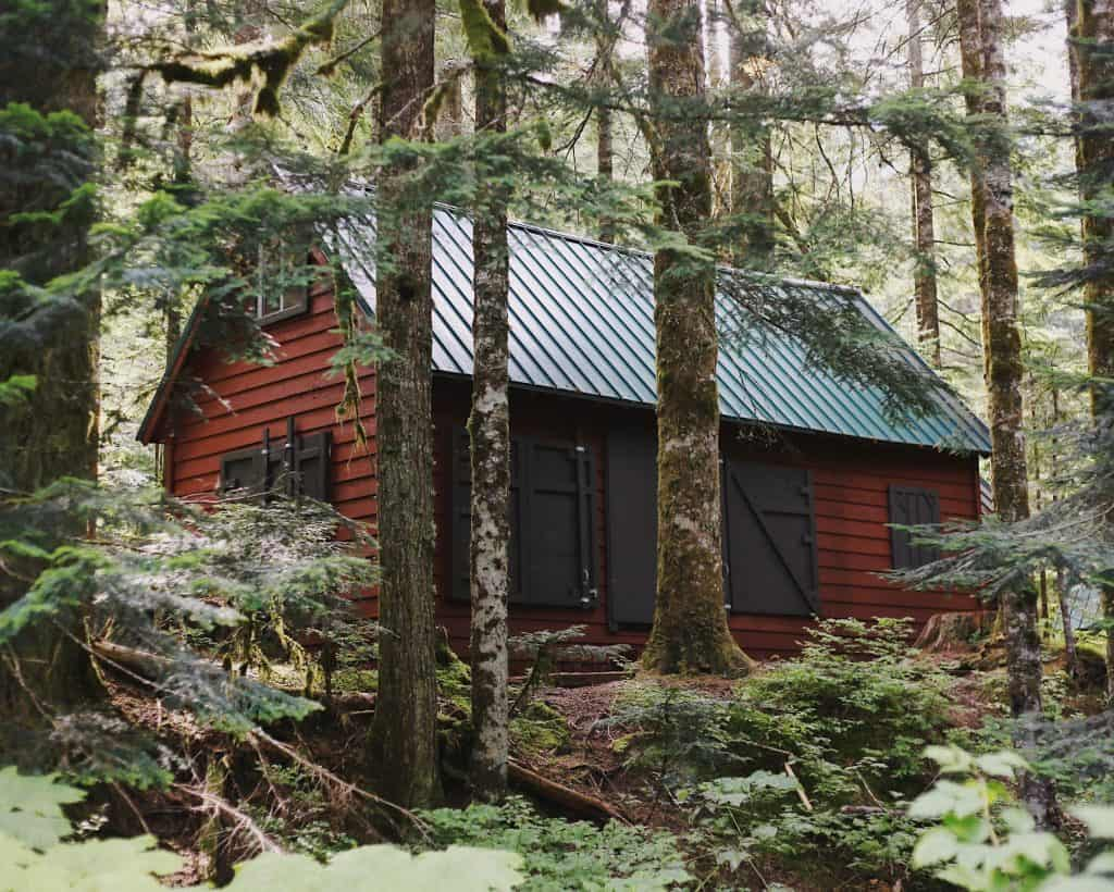 5 Things to Consider When Buying Off-Grid Land